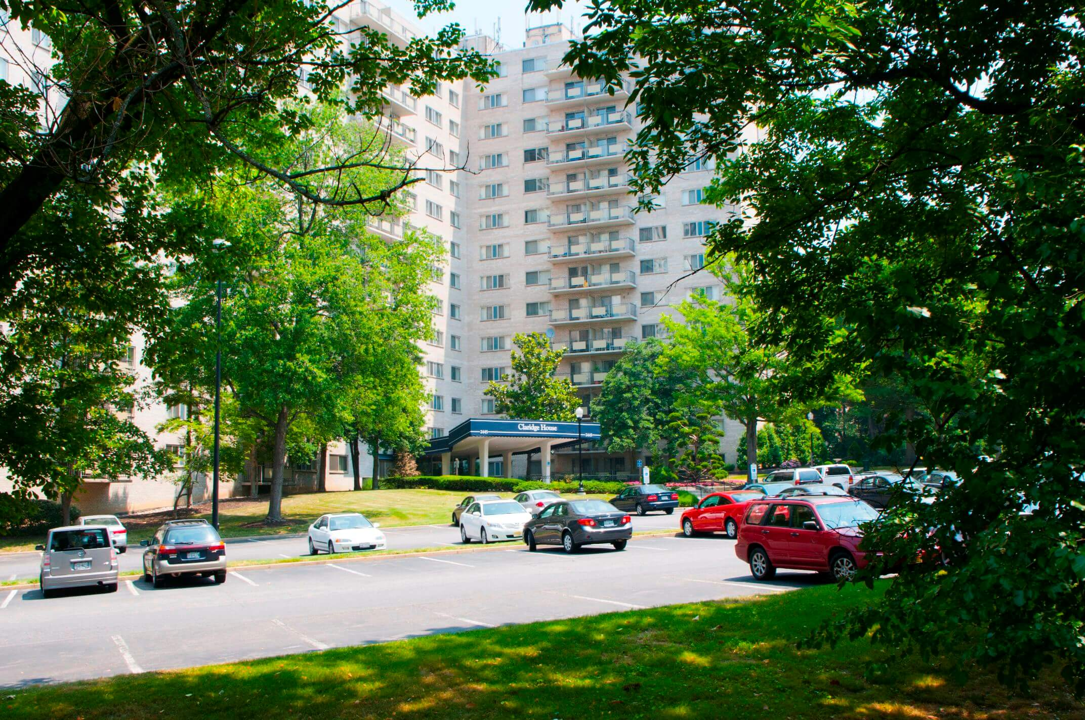 Claridge House Apartments for Rent in Silver Spring, MD | Southern