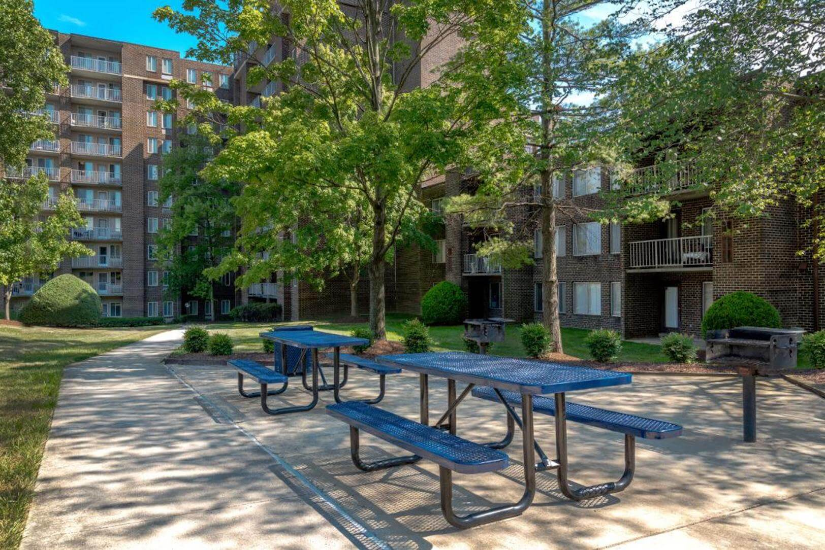 Picnic & Grilling Area (Middletowne)
