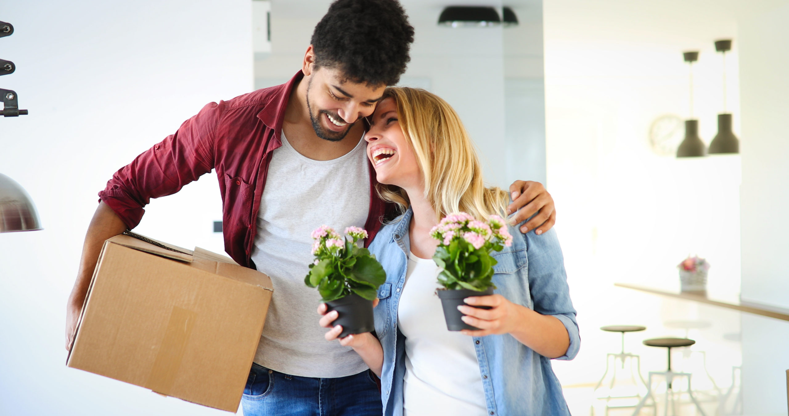 girlfriend and boyfriend moving into new apartment together