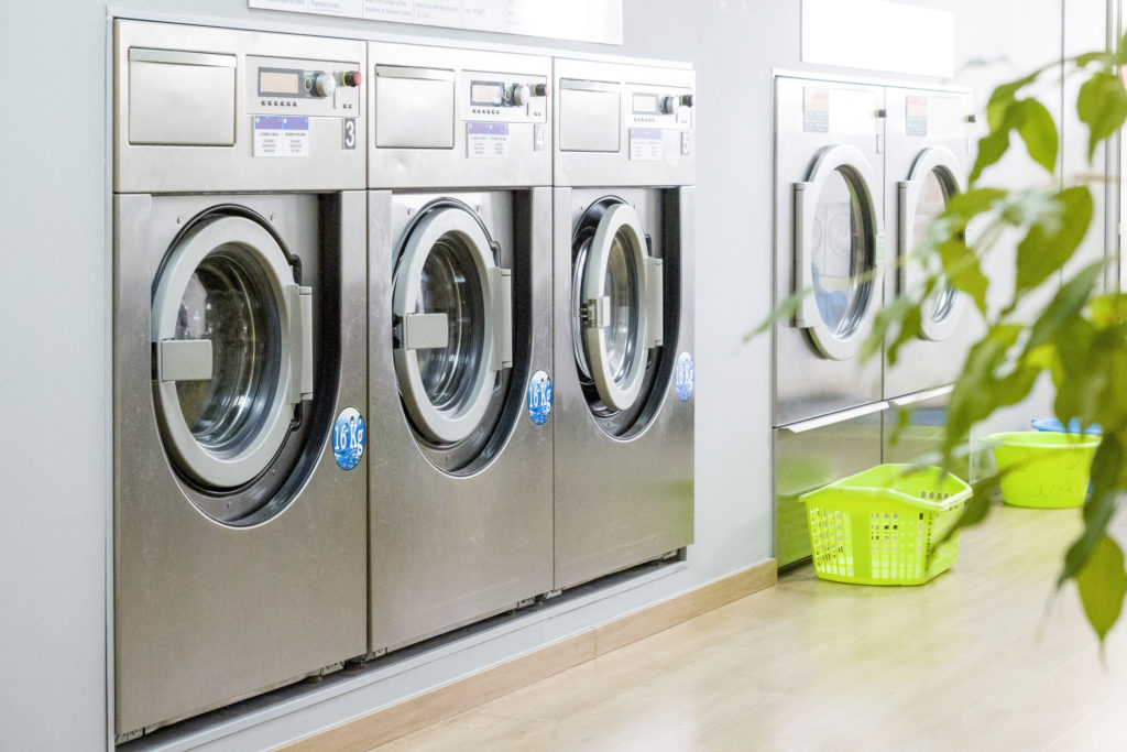 Communal Laundry Room Etiquette In An Apartment Complex Southern Management